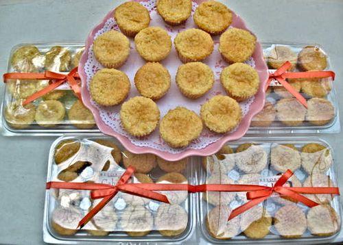 Cabo Coconut Macaroons Triple Chocolate Hearts Lady Cupcake Fashion Food Fun The Sweet Life By Ange